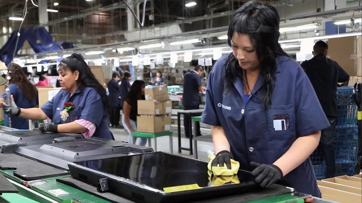 mujeres-trabajando | Mundo Gremial