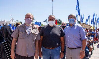 """Esteban """"Gringo"""" Castro, secretario general de UTEP, Héctor Daer, titular de CGT, y Fernando Chino Navarro"""